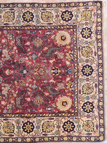 Extremely Rare Kum Kapu Signed Carpet - Iran 19th -