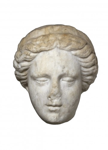 Head of a Goddess wearing a diadem, probably Hera