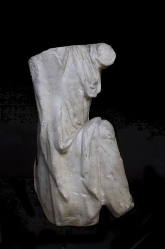 Ancient Art  - Torso of a Captive