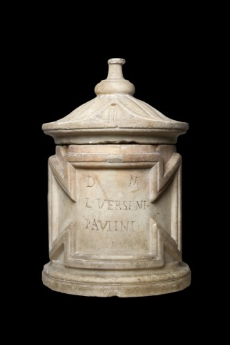Antiquités - Marble Cinerary Urn, Roman