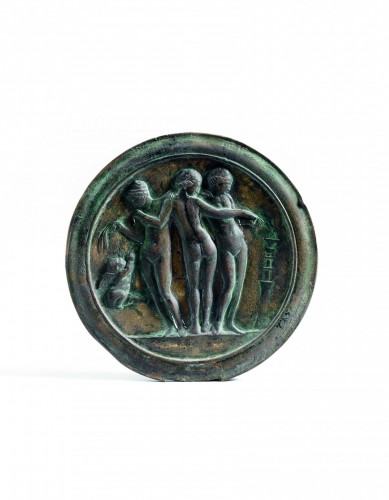 Mirror with Three Graces