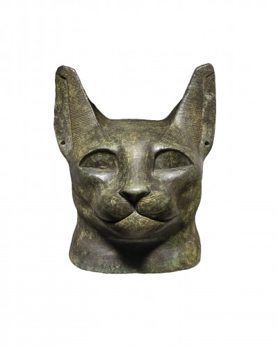 Egyptian cat head of the goddess Bastet