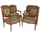 Suite de quatre fauteuils d'époque louis xvi
