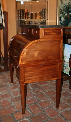 18th century - Mhogany Bureau a cylindre stamped GAMICHON