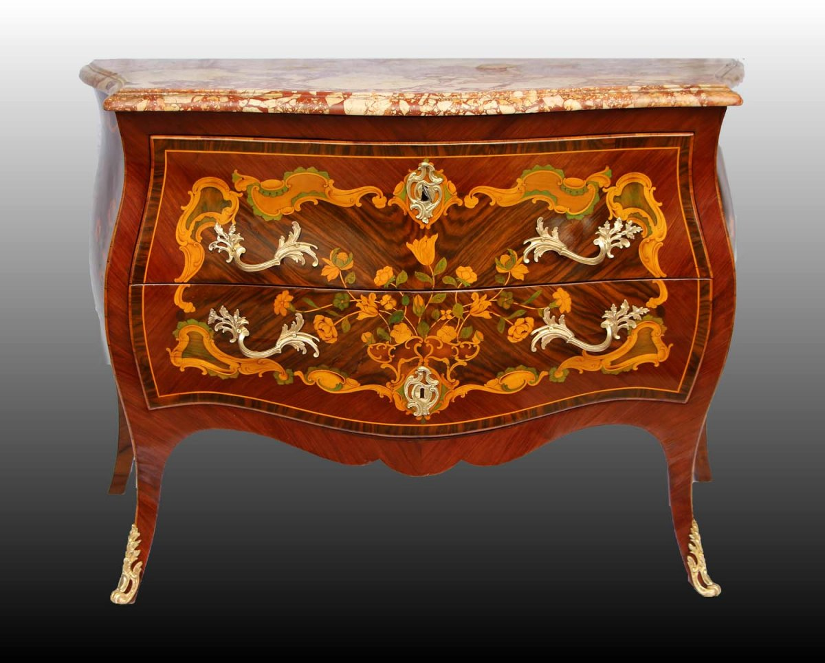 commode d poque louis xv. Black Bedroom Furniture Sets. Home Design Ideas