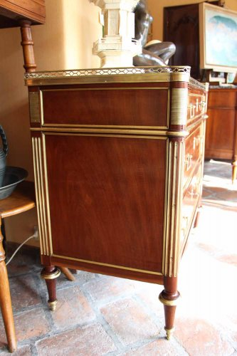 Commode Louis XVI mahogany  -