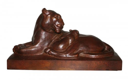 Lioness lying - Georges Hilbert (1900-1982)