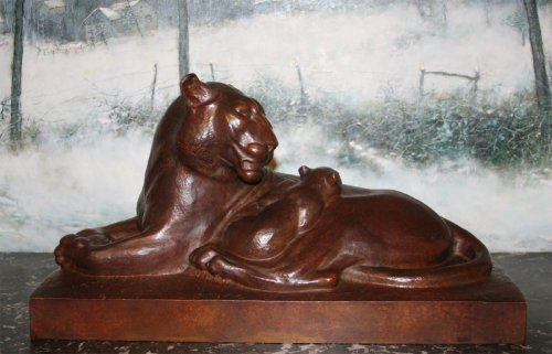 Lioness lying - Georges Hilbert (1900-1982)  - Sculpture Style Art Déco