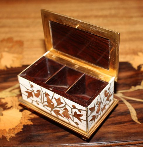"Small ""stamp box"" - Ferdinand DUVINAGE (1813-1874)  - Objects of Vertu Style"