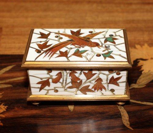 "19th century - Small ""stamp box"" - Ferdinand DUVINAGE (1813-1874)"