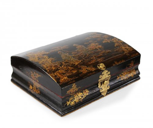 Louis XV Lacquered wood Wig box