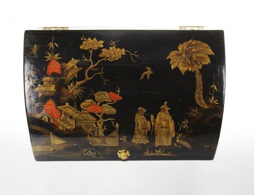 Wooden wig box in oriental style, -