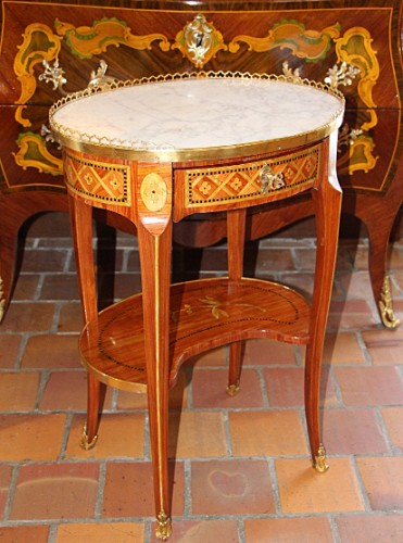 Transition oval table - Furniture Style Transition