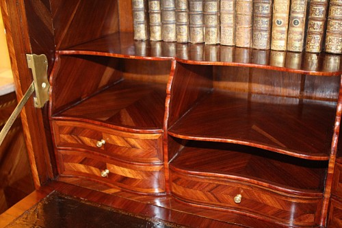 Antiquités - French Louis XV secretaire stamped Jean-Charles Saunier