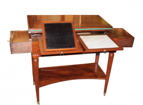 Louis XVI Mechanical table in mahogany