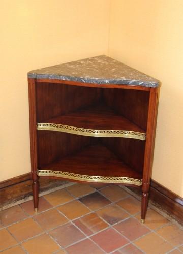 Joseph Canabas, pair of corner 18th - Furniture Style Louis XVI