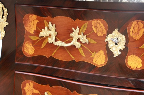 """18th century - Louis XV period """"sauteuse"""" chest of drawers"""