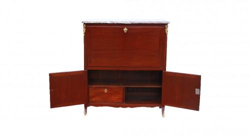 Furniture  - Secrétaire d'époque Louis XV estampillé D.GENTY