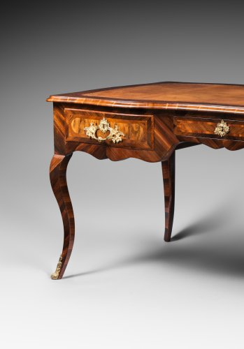 Furniture  - Large Bureau Plat in Rosewood and Kingwood