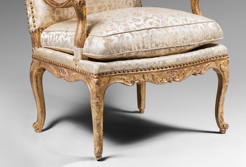 18th century - Pair of Gilded Wood High Back Armchairs