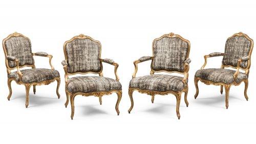 """Set of Four Gilded Wood """"à la Reine"""" Armchairs"""