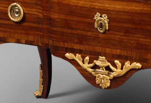 """18th century - """"Double Ressaut"""" Satinwood Commode Stamped François BAYER"""