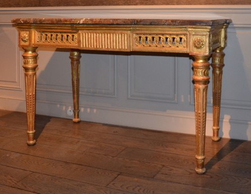Carved and gilded wooden Console -