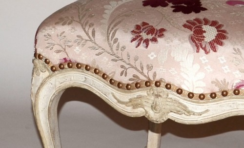 French Louis XV Pair of Chairs - Seating Style Louis XV