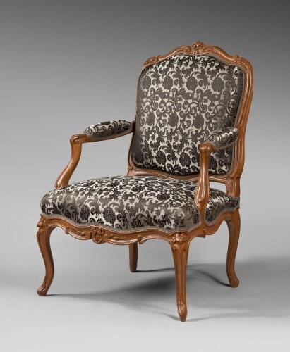 Antiquités - Nicolas Heurtaut, exceptional suite of eight armchairs for the Queen