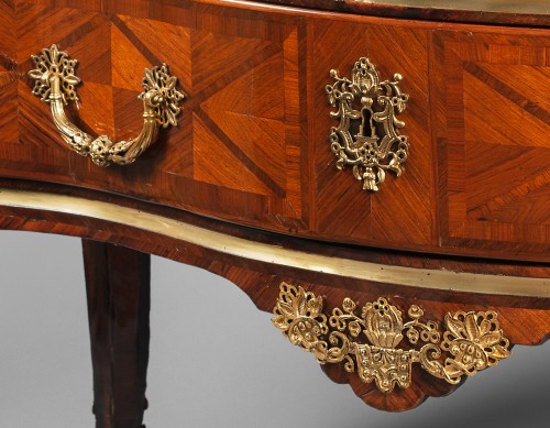 18th century - Large commode by Brice Péridiez,  Reproduced in Nicolay