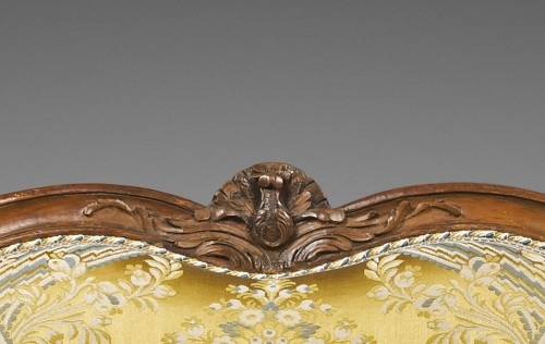 Large Louis XV period sofa by Louis CRESSON - Louis XV