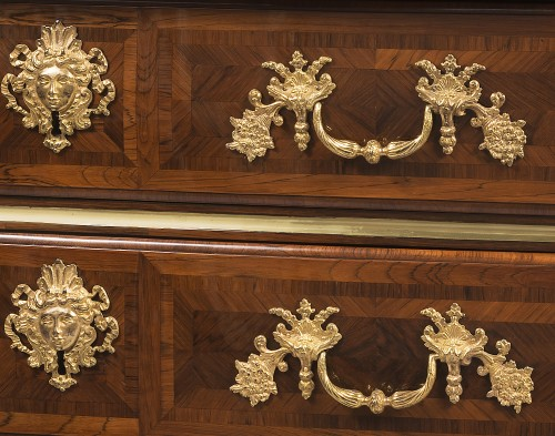 Franch Regency period, Chest of drawers by Thomas Hache -