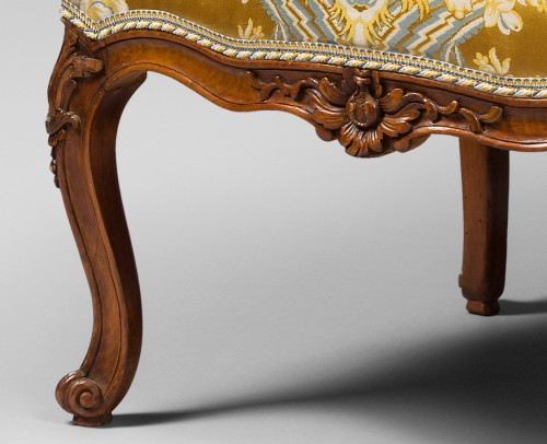18th century - Pair of Louis XV period armchairs by Louis Cresson