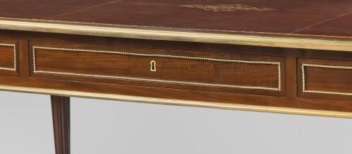 18th century - Cuban mahogany flat desk from the Louis XVI period.