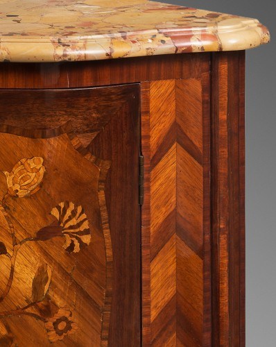 Pair of Encoignures, Paris circa 1760 - Furniture Style Transition