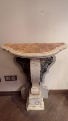 Furniture  - pair of Italian marble consoles