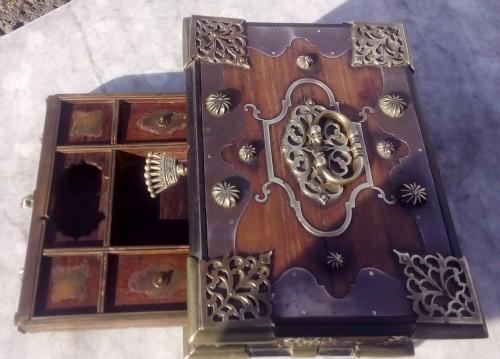Curiosities  - Indo-Dutch  box casket