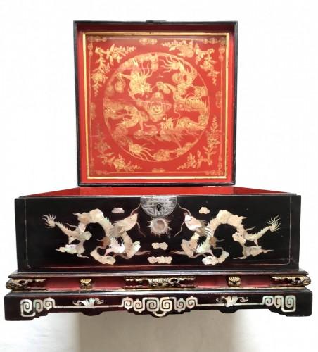 Antiquités - Vietnamien casket