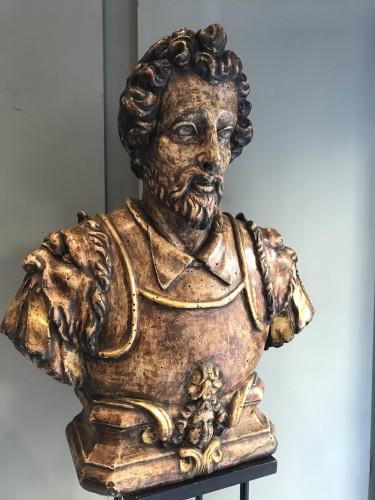 <= 16th century - August renaissance wooden  buste