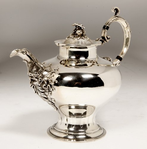 Teapot in massive silver early XXth by Cardeilhac