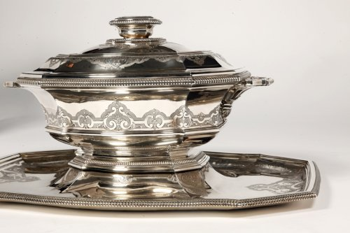 "- Centerpiece in its ""dormant"" in silver, early XXth by Roussel"
