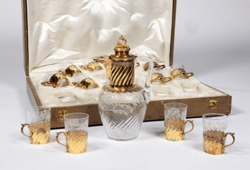 Liquor set in crystal and gilt silver