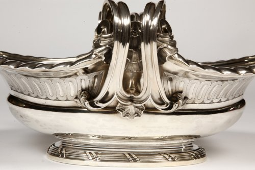 Antiquités - Centerpiece in sterling silver, XIXth by A. Aucoc