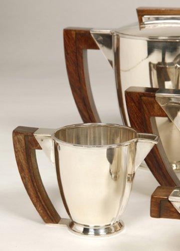 Art Déco - Tea coffee set in silver, Moderniste style