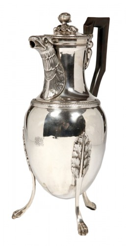 Coffee pot in solid silver, Empire period by J.G.R.