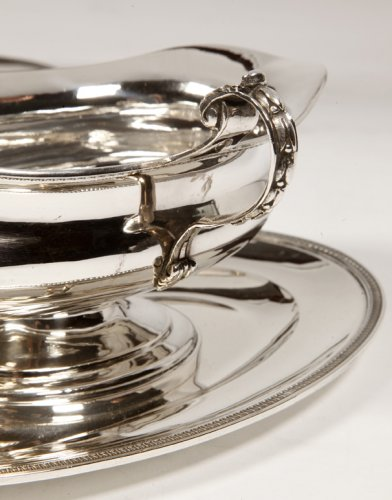 Pair of silver sauceboats, 20th, by Tétard -