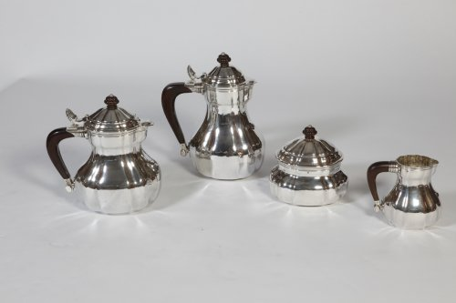 Tea-Coffee set in silver Art déco, by G. Lecomte