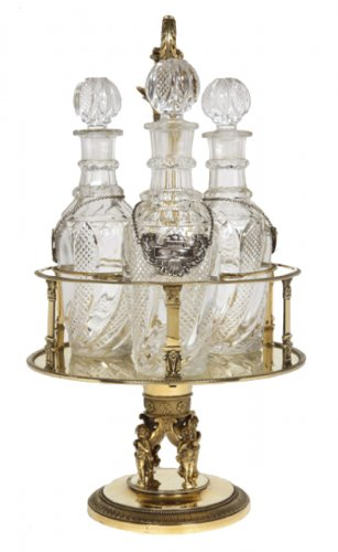 Cabaret in silver gilt and cut crystal flasks, Charles X period, by Creusot