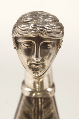 Antiquités - Empire sauceboat with a roman head in silver, by Boulenger et Hience