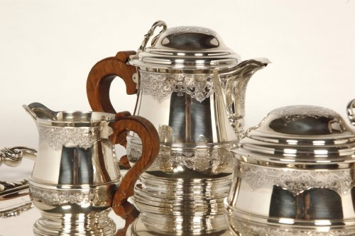 Tea/Coffee set and its tray in silver - XXth - by Fouquet Lapar -
